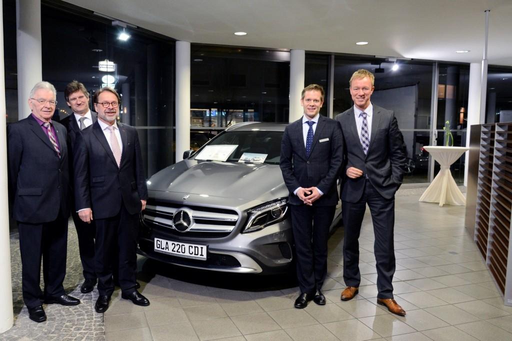 IHK Regional Saarlouis bei Mercedes-Benz SLS mit Referent Joachim Berendt am 29.01.14